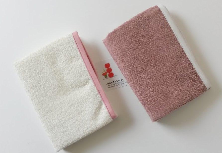 2 serviettes à langer...