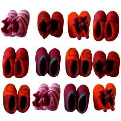 Chaussons 1er âge en feutre rose orange
