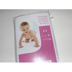 Protège matelas lit standard bébé