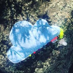 Doudou attache-sucette Pouet Pouet Nuage Bleu
