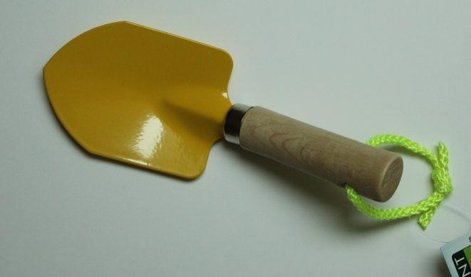 Mini pelle jaune 'Déclic...