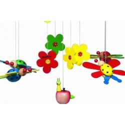 Mobile avec fleurs et coccinelles