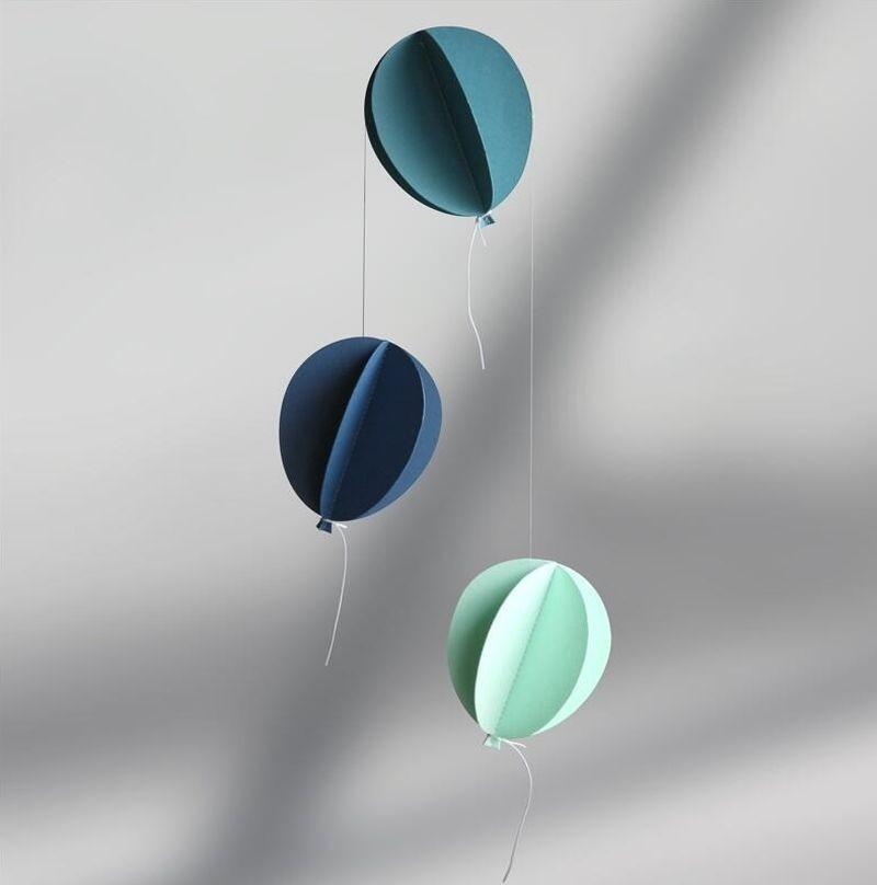 Mobile ballons bleus 'Tivoli'