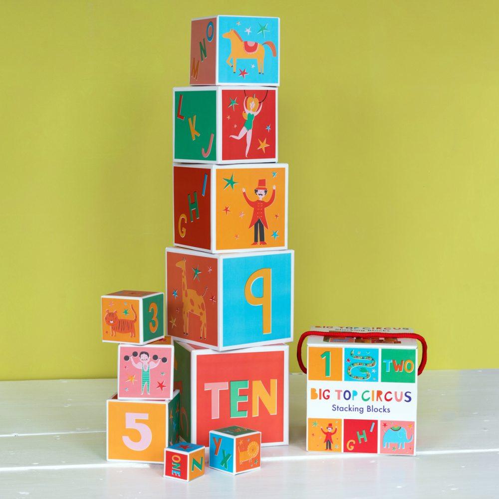 """10 Cubes Pyramide """"Le Cirque"""""""