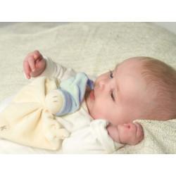 Doudou bio Zmooz bleu ciel dès la naissance