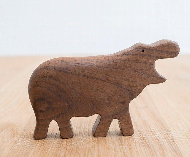 Hochet en bois Hippo